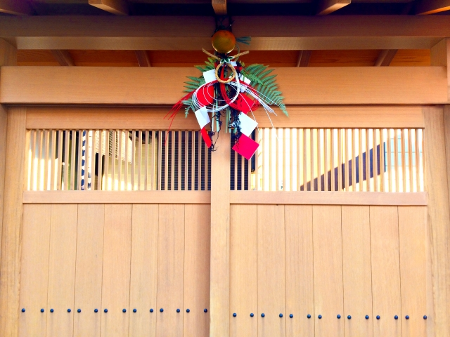 これでOK!正月飾りの玄関での付け方や位置はこうする!
