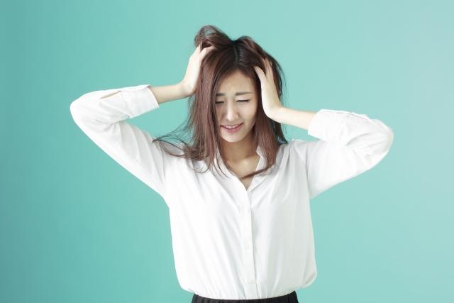 髪の毛の静電気を抑える!静電気の原因と改善する5アイテムの使用法