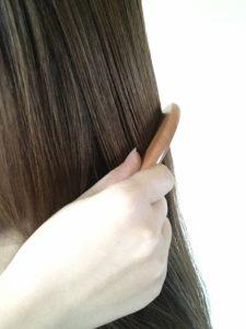 髪の毛の静電気を抑える方法